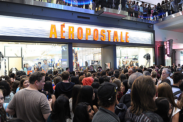 Aeropostale Welcomes YouTube Celebrity Bethany 'Macbarbie07' Mota At Exclusive Meet & Greet